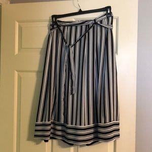 Banana republic black and whites striped skirt